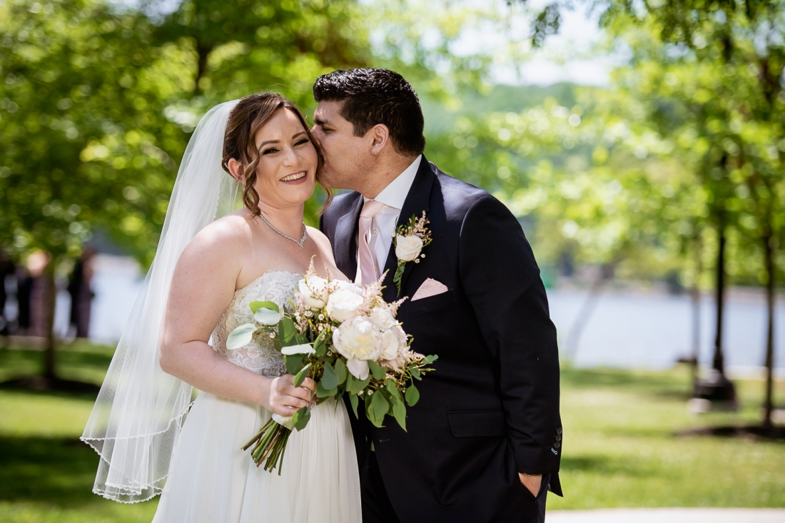 Hudson Valley Wedding Photographer (23)